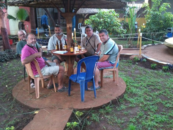 Well-deserved refreshments at the Lodge in Hara Makim