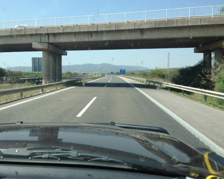 Lonesome Lipstick on Spain's Highway