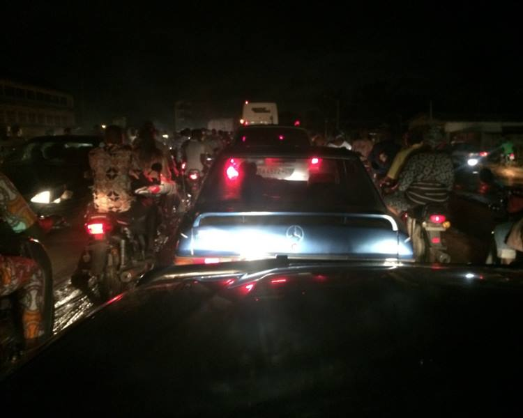 At around 9.30pm the traffic got moving again