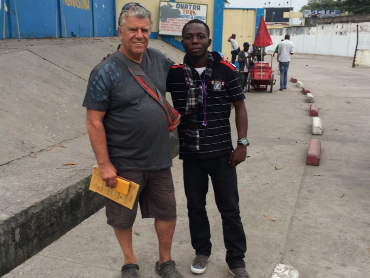 Dieu-Merci was found and engaged as team Lipstick translator during customs procedures in Kinshasa