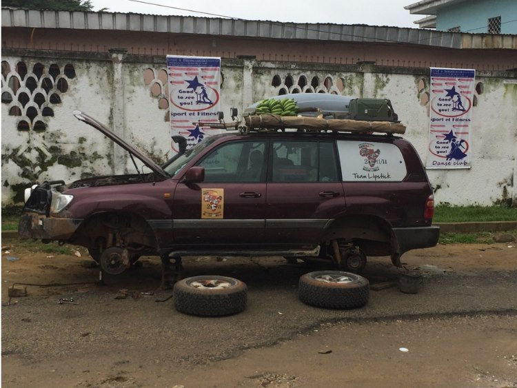Tyre less in Douala….