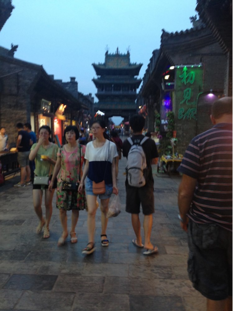 The shopping street in Pingyao