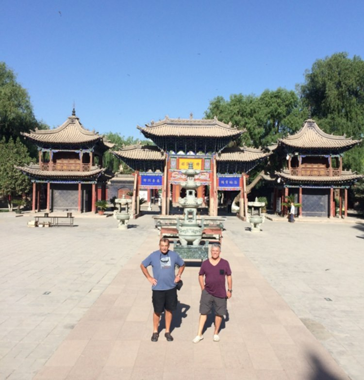 The big Buddha temple welcomes Team Lipstick