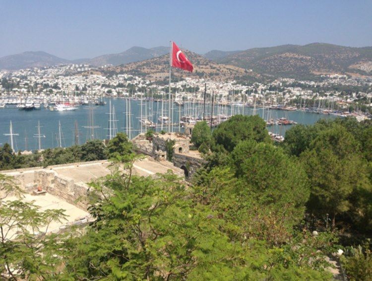 overlooking Bodrum and the many boats in the harbour.